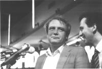 ritratto di Vladimir Bukovskij, scrittore, ex dissidente sovietico. A destra: Antonio Stango.