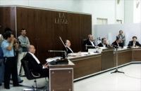 processo alla Nuova Camorra Organizzata. La corte. Nelle altre foto momenti del processo
