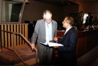 Attività di lobbing di Marino Busdachin, nella foto con Adrian Bos (presidente del comitato preparatorio del Tribunale Internazionale), all'ONU per il