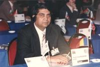 ritratto di Nicolae Bobu (Romania) presidente dell'assemblea Generale dei Rom e iscritto al PR