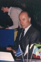 ritratto di Jas Gawronski, nel corso di una riunione del Consiglio Federale del PR.
