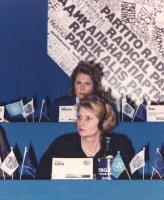 ritratto di Svetlana Koptel (Bielorussia), presumibilmente nel corso di una riunione del Consiglio Generale del PR all'hotel Ergife. (In secondo piano