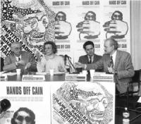 """""""Conferenza stampa di presentazione della marcia di Pasqua '94. Il sindaco di Sarajevo Kresevljakovic, Bonino, il sindaco di Roma Francesco Rutelli e"""