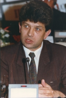 ritratto di Sulejman Ugljanin (presidente del Parlamento del Kosovo in esilio).