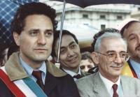 Marcia Pasqua '94. I sindaci di Sarajevo Kresevljakovic e di Roma Rutelli, primo piano strettissimo, durante la marcia. Ottima