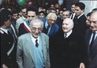 Marcia Pasqua '94. Quirinale: il presidente della Repubblica Scalfaro con Pannella e i sindaci di Sarajevo Kresevljakovic e di Roma Rutelli. Ottima, i