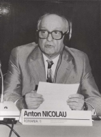 Consiglio Federale, I sessione, ritratto di Anton Nicolau (BN), con gli occhiali