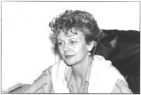 ritratto di Beverly Allen, professoressa associata della Syracuse University (Usa), firmataria dell'appello per un tribunale sui crimini di guerra com