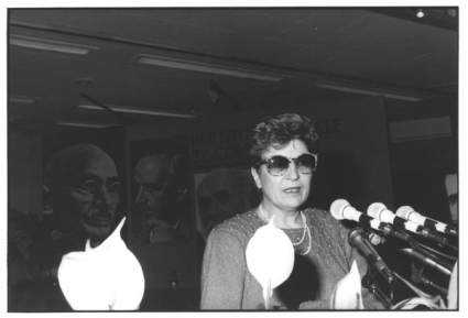Claudia Signorelli (moglie dell'ex terrorista nero) al 32° Congresso del PR (BN)