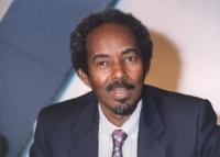 ritratto di Mohamed Aden Sheik (Somalia) durante una tribuna politica in Rai.