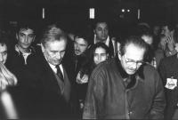 Enzo Tortora con Domenico Modugno al 32° congresso del PR (BN)