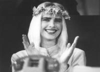 ritratto di Ilona Anna Staller (detta Cicciolina) (BN) ottimo, sorridente. Nelle altre la Staller in varie occasioni (alcune anche in copia digitale,