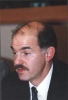 """""""Ritratto di George Papandreou (Grecia) ministro degli affari europei. Convegno del Cora al PE: """"""""Le iniziative antiproibizioniste nonviolente e parla"""