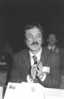 Ritratto di Hysni Shakiri (deputato, Macedonia). 36° congresso II sessione (BN)