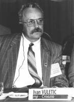 ritratto di Ivan Vuletic (Croazia) deputato. 36° congresso PR I sessione. (BN)