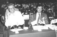 Paolo Vigevano e Ottavio Lavaggi (deputato PRI poi tesoriere PR). Assemblea dei deputati iscritti al PR a Sofia (BN)