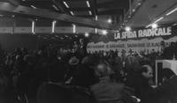 32° I sessione. Vista d'insieme della sala mentre parla Pannella (BN)