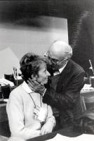 Sergio Stanzani bacia Emma Bonino (nel corso del 35° Congresso del PR).
