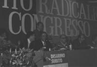 30° congresso PR. Presidenza del congresso, Melega, Tortora, Stanzani Bonino  (pessima qualità)