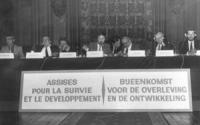 """Fondazione di """"Food and Disarmament"""" con Bonino e Fabre e i premi Nobel Wilkins e Reylands. Inoltre: Van Roye, Louis e altri (BN) importante, ottima,"""