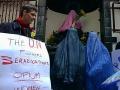 """""""Un fiore per le donne di Kabul"""". Manifestazione dell'8 marzo a Bruxelles contro la politica antidroga dell'ONU che finanzia il regime dei Taleban del"""