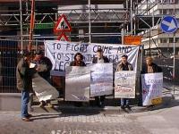 Manifestazione del Cora davanti al Ministero degli affari sociali e della sanità belga contro la proibizione del trattamento all'eroina e a favore del