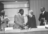 Emma Bonino alla conferenza regionale per la sensibilizzazione e il coinvolgimento del continente africano sul tribunale iternazionale permanente sui