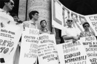 Largo Colonna, davanti a Palazo Chigi. Manifestazione del Cora per chiedere al ministro della sanità Garavaglia l'attuazione immediata del referendum