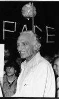 """Pannella in digiuno dal 2 settembre. """"Fiaccolata radicale """"""""contro lo sterminio per fame, per l'attuazione del manifesto appello dei premi Nobel"""""""".Dav"""