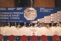 consiglio federale del PR a Zagabria. Veduta del palco: Tomac, Stanzani, Pannella, Bonino, Arconti, Vigevano, Turco