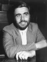 ritratto di Antonello Falomi, senatore PDS, (BN)
