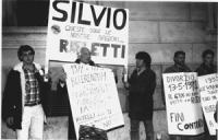 Nel ballottagio per il sindaco di Roma tra Fini e Rutelli, Silvio Berlusconi si schiera per Fini. E' la prima uscita in politica di Berlusconi. Pannel