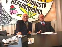 Conferenza stampa sui 5 referendum con Pannella, Martino (FI), Taradash, Stanzani, Della Vedova, Vigevano, Bernardini