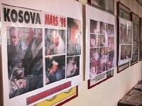 Sede PR. Foto esposte sugli effetti del massacro di civili del Kossovo operato dalle truppe serbe. Conferenza stampa di Arthur Zhei ed altri cittadini