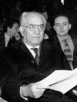 ritratto di Emilio Colombo (DC), ex presidente del Consiglio, ex ministro (BN)