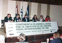 """""""Conferencia en America Latina por la creacion de un tribunal penal internacional en 1998"""". Conferenza in America Latina per la creazione di un tribun"""