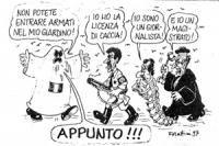"""VIGNETTA Pannella vestito da fantasma strilla: """"non potete entrare armati nel mio giardino"""". D'Alema risponde: """"io ho la licenza di caccia"""", Veltroni:"""