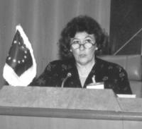 """ritrato di Louise Arbour (presidente del Tribunale Internazionale ad hoc per la ex Jugoslavia)  """"For the establishment of the International Criminal C"""