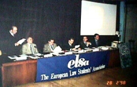 Seminario di npwj ed Elsa per la preparazione della conferenza per l'istituzione del tribunale penale internazionale entro il 1998 Da sinistra: F.Mira