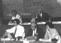 Consiglio federale, I sessione. Sul palco: Pannella, Vigevano, Stanzani, Thaler, Tomac, Jurkovic (BN)