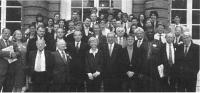 Conferenza internazionale per l'istituzione di una corte penale internazionale entro il 1998. Partecipanti: Cherif Bassiouni, Emma Bonino, Robert Badi