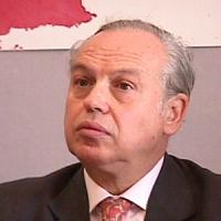 """ritratto di Roberto Savio (direttore di """"Inter Press Service"""" IPS)"""