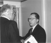 PE. Pannella a colloquio con Jaques Delors (presidente della Commissione Europea). Nelle altre altre foto dei due e di pannella da solo al PE.