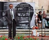 Manifestazione-fiaccolata per l'istituzione del Tribunale Penale Internazionale, in occasione della conferenza diplomatica riunita alla Fao. Achille O