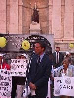 Manifestazione a sostegno del Tribunale Internazionale, in occasione della conferenza diplomatica riunita alla Fao. Francesco Rutelli, sindaco di Roma
