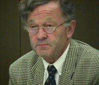 Ritratto del professor Theo Van Boven, special rapporteur alle Nazioni Unite sul diritto per il risarcimento alle vittime di gravi violazioni dei diri