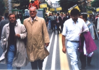 Mimmo Pinto e Alfredo Biondi partecipano alla marcia contro la Rai, per la legalità dell'informazione.