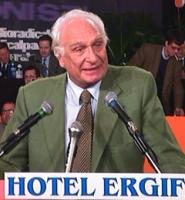 Marco Pannella interviene dopo la chiusura dell'Assemblea dei Mille.