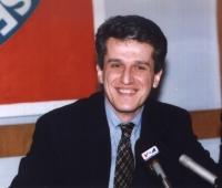 Ritratto di Pandeli Majko, primo ministro albanese, iscritto al Partito Radicale.