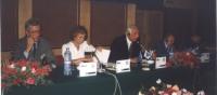 Assemblea dei deputati del Pr. Da sinistra e destra: Paolo Vigevano, Emma Bonino, Marco Pannella, Sergio Stanzani, Bruno Zevi.
